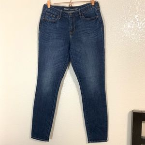 Old Navy | Curvy Profile Mid Rise Skinny Jeans - 8
